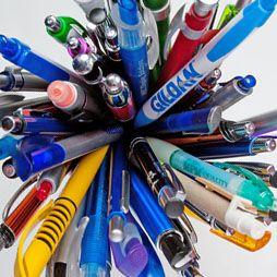 Die Kugelschreiber mit dem Aufdruck